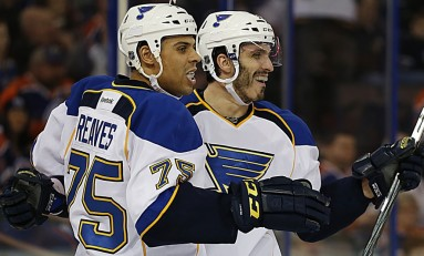 Ryan Reaves vs. Paul Bissonnette: Who's the Winner?