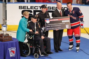 Ryan Callahan Accepts 2012 Extra Effort Award(Debby Wong-USA TODAY Sports)