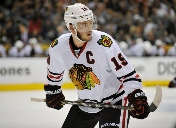 Hey that is Chicago Blackhawks Captain, Jonathan Toews AKA Captain Serious. (Gary A. Vasquez-USA TODAY Sports)