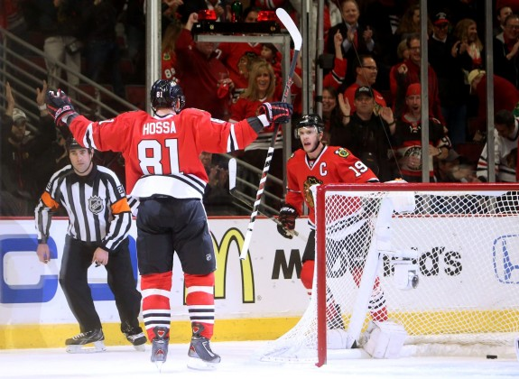 Marian Hossa and Jonathan Toews have been key cogs to Chicago's scoring (Jerry Lai-USA TODAY Sports).