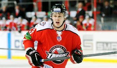 Panthers Sign Evgeny Dadonov