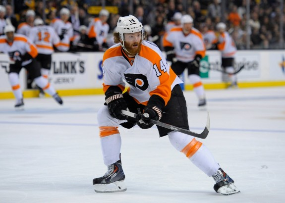 WIth an assist in Saturday's 2-1 win over Los Angeles, Sean Couturier extended his point streak to three games as the Flyers exit the west coast.
