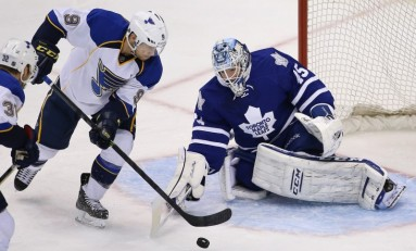 Jonathan Bernier, Maple Leafs Settle on 2-Year Deal