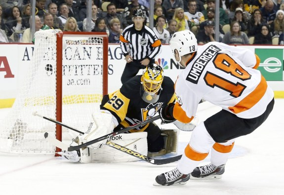 R.J. Umberger's first goal of the 2014-15 season was part of Philadelphia's 5-0-0 mark against the Pittsburgh Penguins in the calendar year of 2014. (Charles LeClaire-USA TODAY Sports)