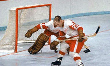 "50 Years Ago in Hockey - Crozier the New ""Mr. Zero"""