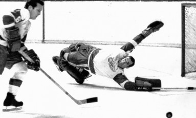 50 Years Ago in Hockey - Wings Blank Hawks
