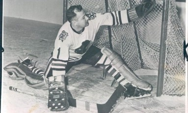 50 Years Ago in Hockey: Goalies Shine as Hawks, Wings Tie