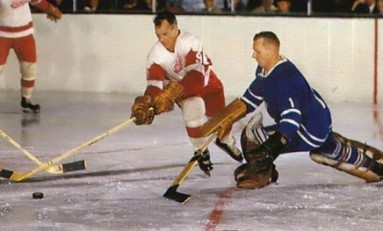 50 Years Ago in Hockey - Gordie Shows Howe It's Done