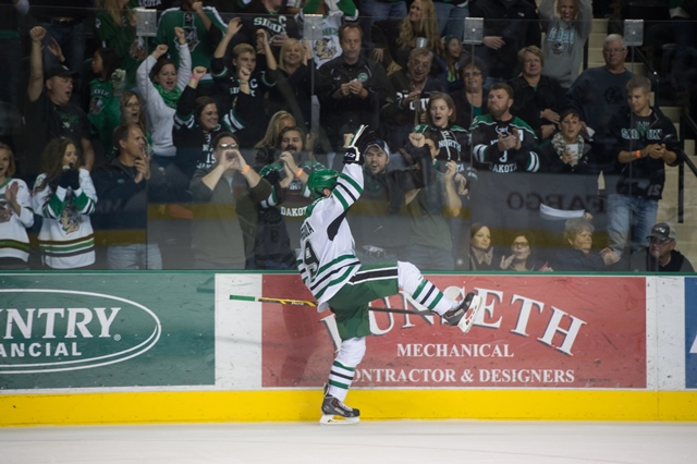 Drake Caggiula, NCAA, University of North Dakota, North Dakota Fighting Hawks
