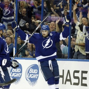 Lightning captain Steven Stamkos focused on bringing Stanley Cup back to Tampa Bay (Kim Klement-USA TODAY Sports)