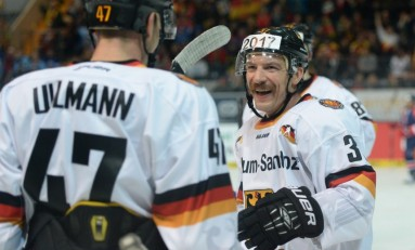 Team Germany Wins Deutschland Cup 2014