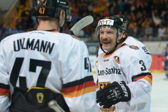 Cristoph Ullmann and Patrick Reimer celebrate