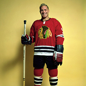 Bobby Hull nets three against the punchless Leafs