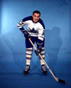 Frank Mahovlich - mysterious ailment has him in hospital.