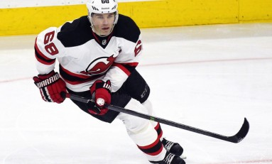 Panthers Snatch Jagr from Devils