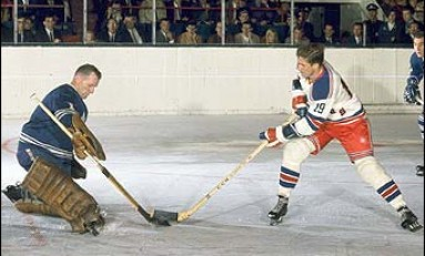 50 Years Ago in Hockey - Dickie Moore Finally Scores