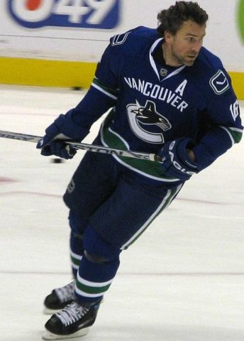 trevor linden four-goal game