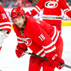 Carolina Hurricanes Jay McClement  Photo by Andy Martin Jr