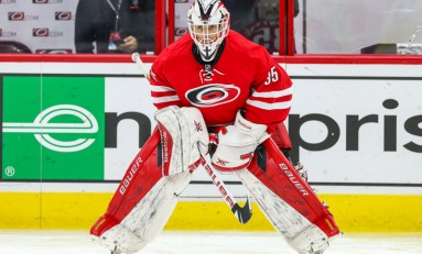 Hurricanes Trade MacIntyre to Chicago