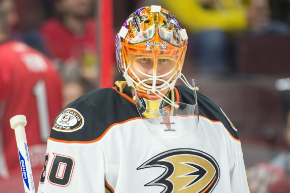 Ilya Bryzgalov is one of many free agent goalie signings that is struggling with their new teams (Marc DesRosiers-USA TODAY Sports)