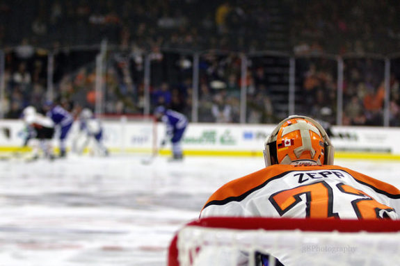 Rob Zepp in net for the Philadelphia Phantoms [photo: Amy Irvin]