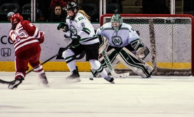Women's Hockey: Fighting Hawks Use Nuclear Option Against Huskies