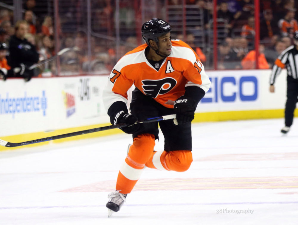 check out 7c8be 1b397 Wayne Simmonds Hopes to Hear Boos from Philadelphia Flyers Fans