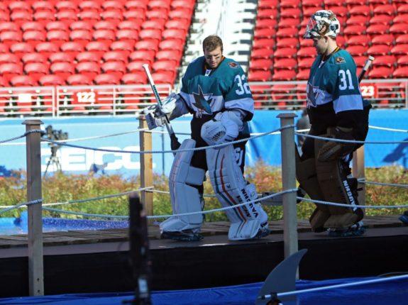 Antti Niemi prepares for the Stadium Series Game