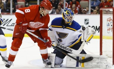 Despite Win, St. Louis Still Sings Power Play Blues