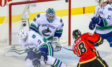 Preview: Flames Look to Douse Canucks Playoff Hopes