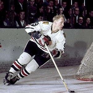 Bobby Hull notched a pair for the Hawks, now has eight goals in four games.