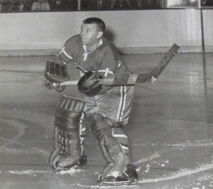 Gump Worsley challenged the Chicago fans.