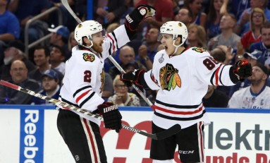 Blackhawks Rally, Crack Lightning in Game 1