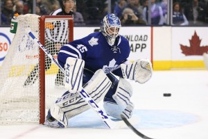 Jonathan Bernier (Tom Szczerbowski-USA TODAY Sports)
