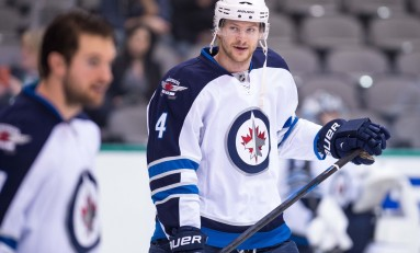 Jets Re-Sign Paul Postma