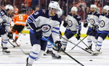 Andrew Copp's Late Goal Lifts Jets over Blue Jackets 4-3