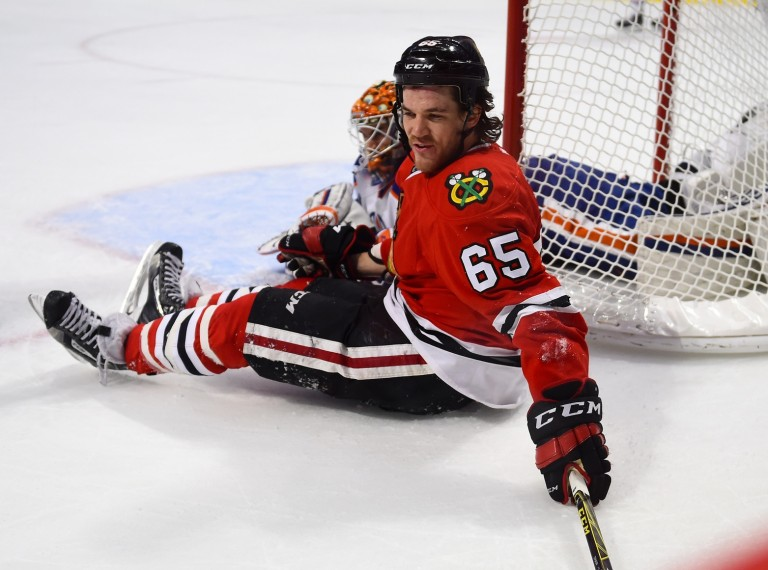 Andrew Shaw, Canadiens sign Andrew Shaw
