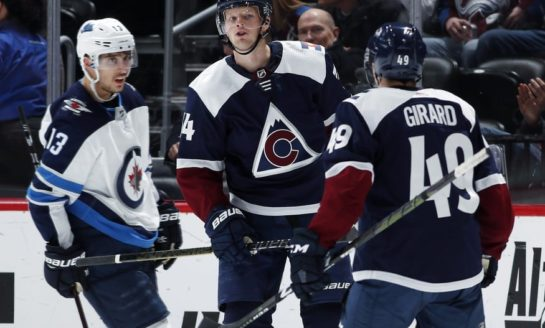 Colorado Avalanche Bury Winnipeg Jets