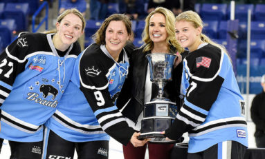 Isobel Cup Champion Beauts Hit the Dek