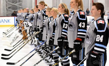 Amanda Leveille Becomes First NWHL Draft Pick to Sign
