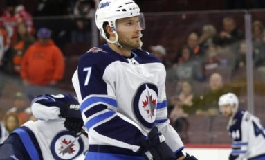 Jets Beat Capitals 3-1; University of Manitoba Coach is Backup Goalie