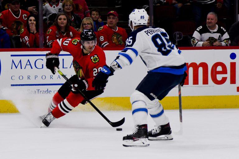 Chicago Blackhawks Brandon Saad Winnipeg Jets Mathieu Perreault