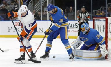 Islanders Rally Late to Beat Blues