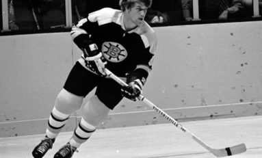 Bobby Orr Caps Off Hall-of-Fame Career