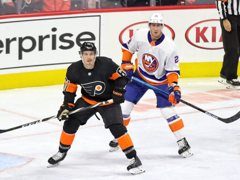 Justin Braun Philadelphia Flyers Brock Nelson New York Islanders