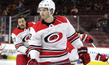 Hurricanes Snap Ducks' 5-Game Win Streak