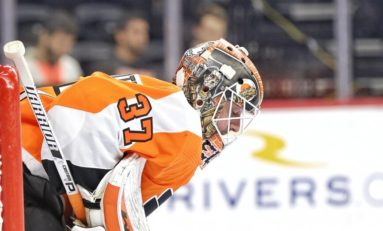 Elliott Makes 19 Saves to Lead Flyers Over Penguins 3-0