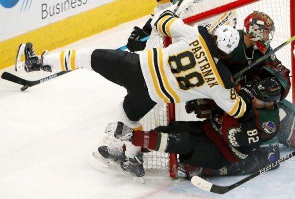 Boston Bruins vs Arizona Coyotes