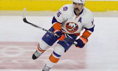Video: Isles Score 3 in Final 7 Minutes for Comeback