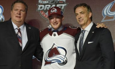 Avalanche Sign Makar